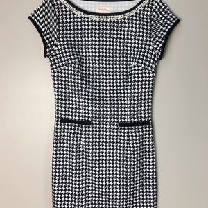 🍎 Houndstooth Dress with Beaded Neckline 🍎